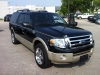 09-2010-ford-expedition-max-04