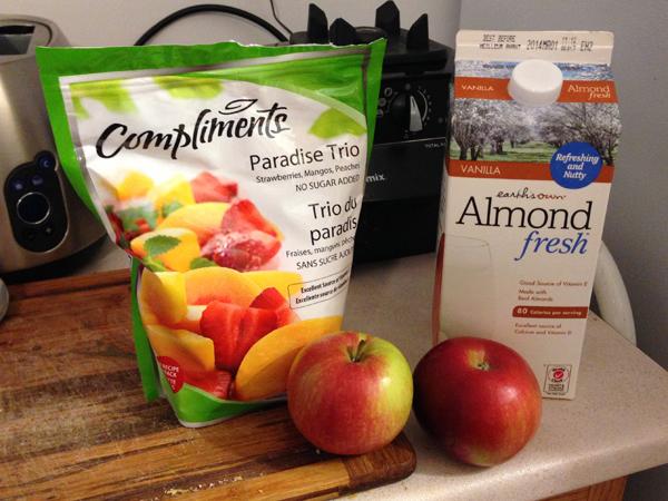 Apple, Mango, Peach and Strawberry Smoothie in the @Vitamix #newBDK
