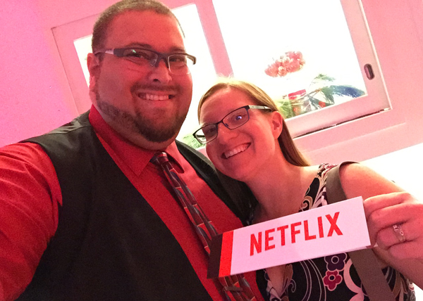 Have a Holly Jolly Christmas with @Netflix_CA! #StreamTeam