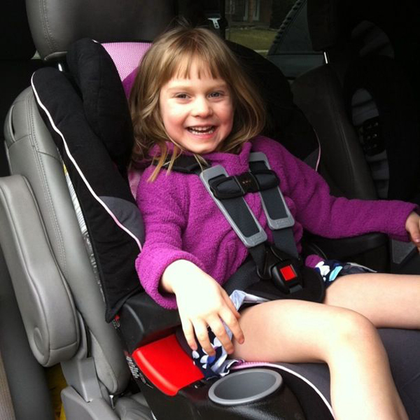 15-lauren-in-car-seat