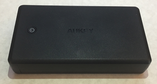 30000 mAh aukey feature