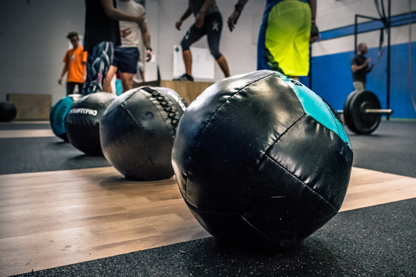 5 Reasons Why CrossFit Outcompetes Traditional Workouts