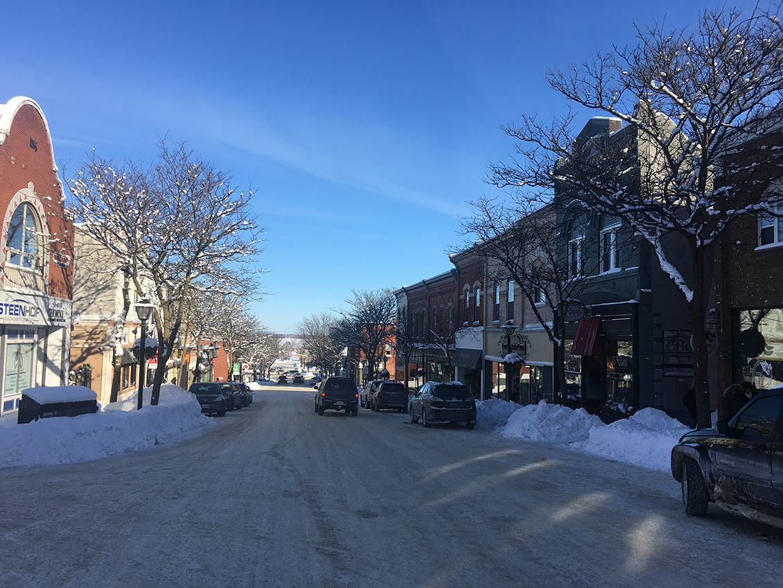 Shop Orillia and Area: Hock Shop, Vera Victoria Vignettes, and Fanboy. #OntLakeCountry