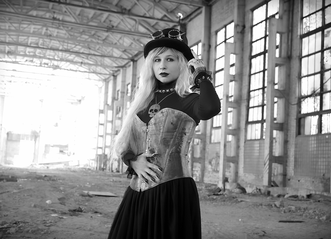 Women's Fashion: Is It Okay to Wear Corsets All Day Long? @judyrobinson
