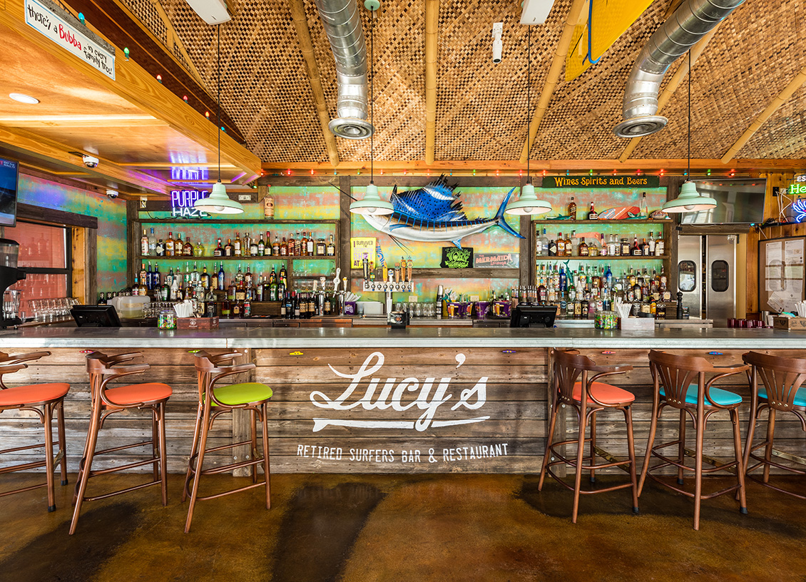 Florida Keys: Enjoy Dinner at @lucyskeywest Retired Surfers Bar & Restaurant! #ad #FloridaKeys #bdkFloridaKeys