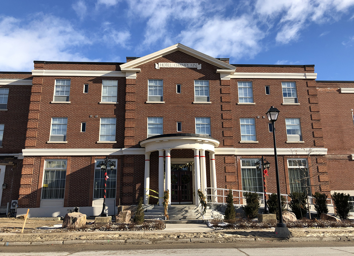 A Weekend Getaway to The Champlain Waterfront Hotel in Orillia