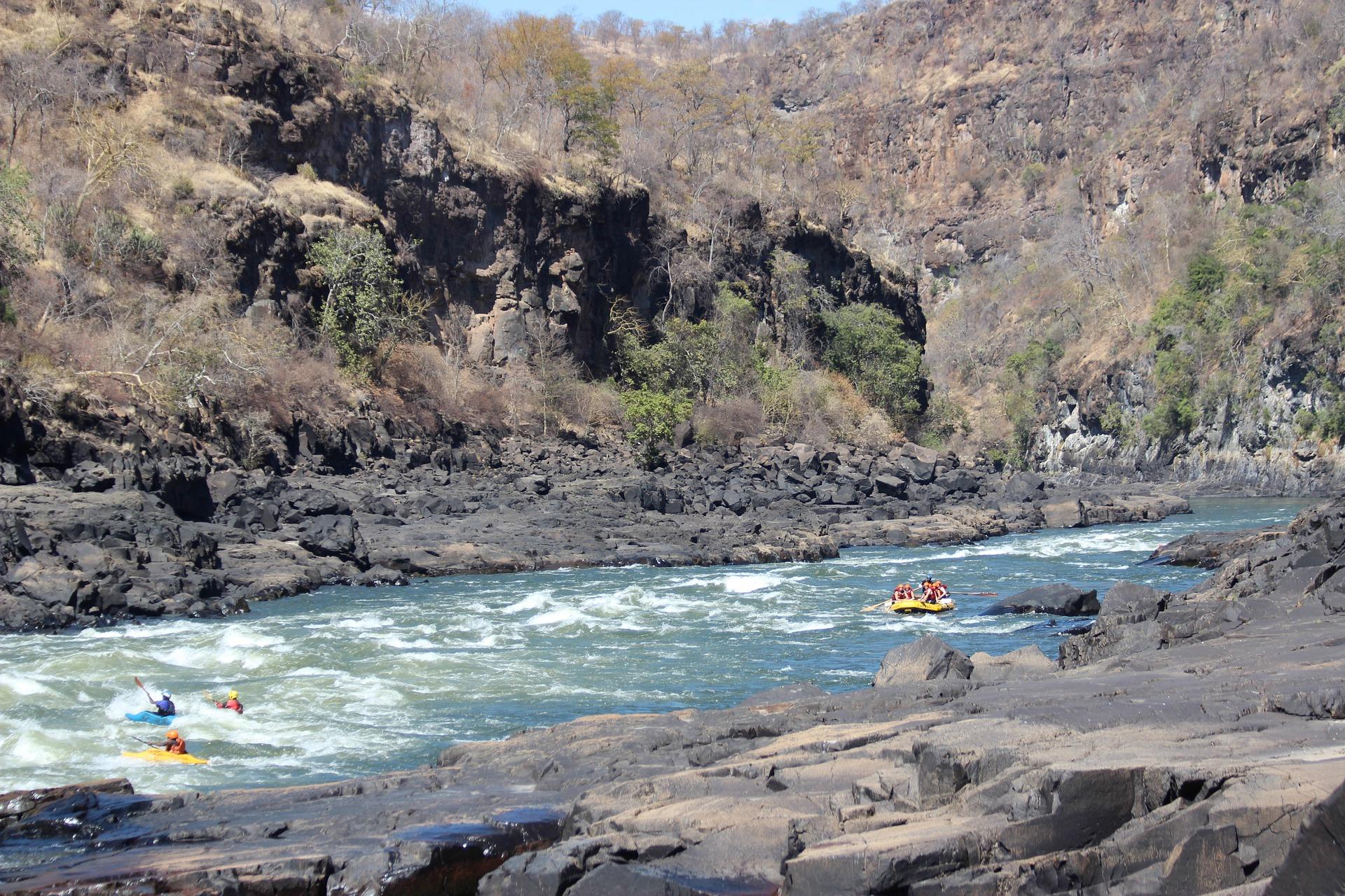 zambia zambezi river rafting africa