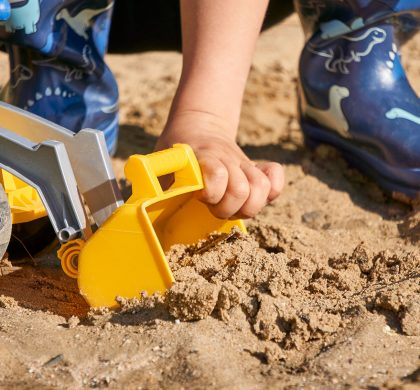 8 Outdoor DIY Kid's Entertainment Ideas