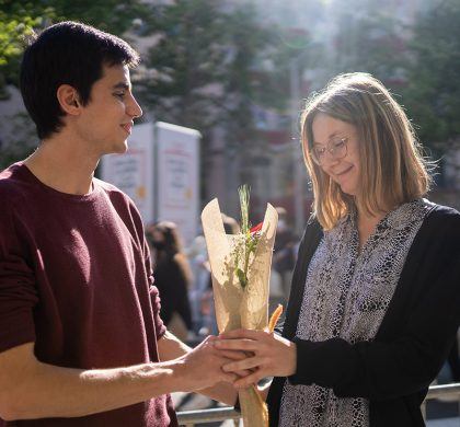 A Guy's Guide to Giving Flowers